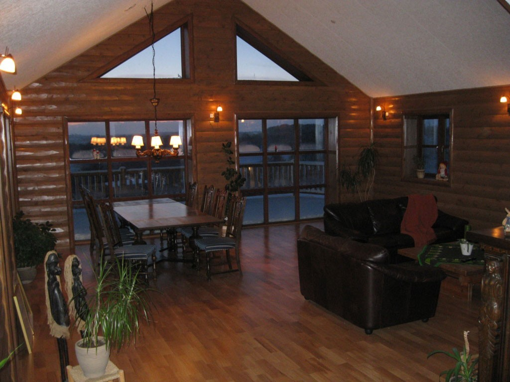 Half Log Siding Creates A Cozy Feel And Rich Look