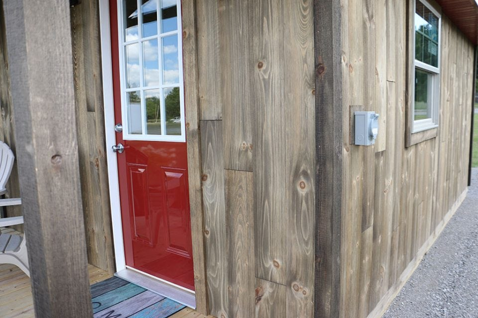 Barn wood siding Corners and Trim